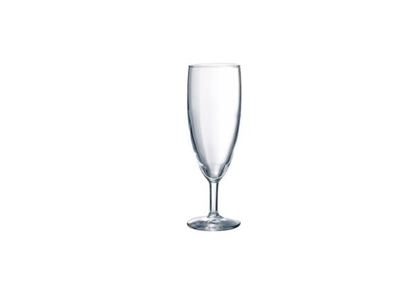 Champagne flute huren Utrecht